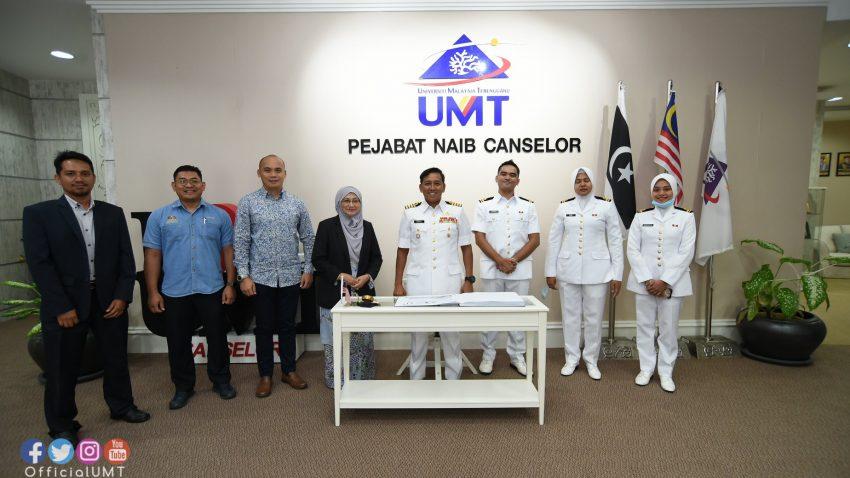 Kunjungan Hormat Kept. Ismail bin Othman, Ketua Staf Markas Pasukan Simpanan TLDM @ Universiti Malaysia Terengganu